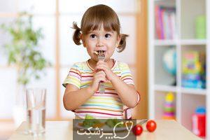 چگونه کودکم را تشویق کنم غذا بخورد؟ | پزشکت