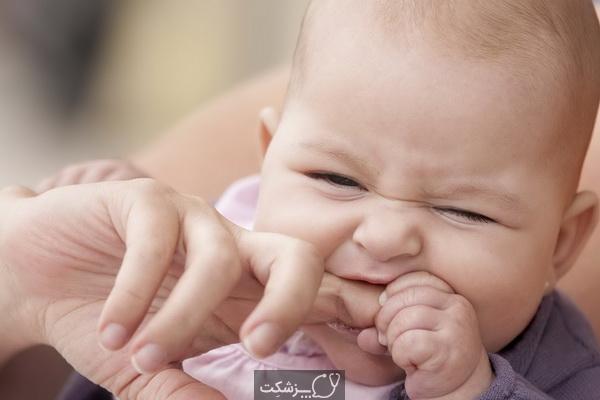 گاز گرفتن کودک نشان دهنده چیست؟ چگونه مقابله کنیم؟   پزشکت